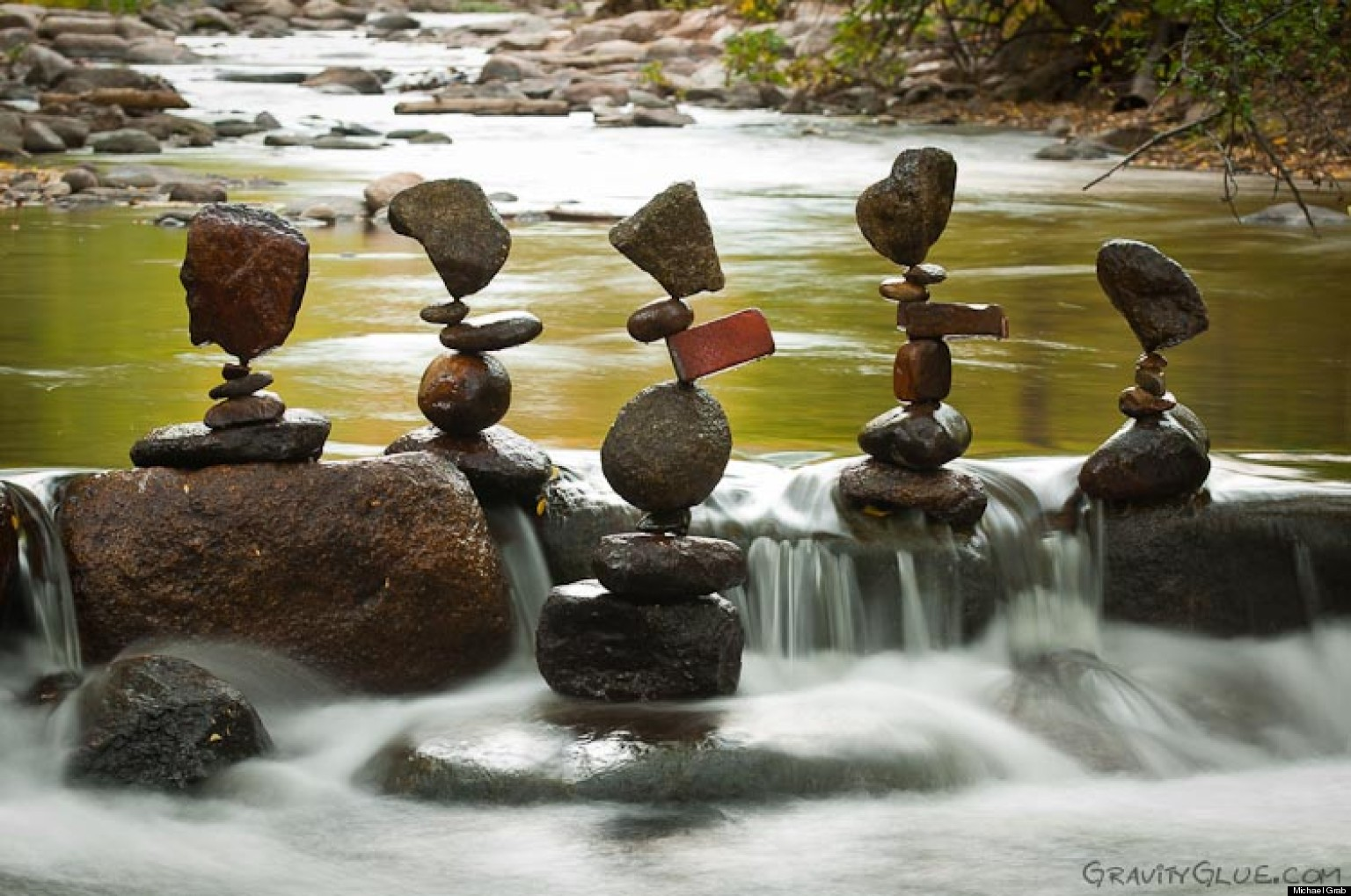 Gravity-Glue-–-Michael-Grab-Rock-Balancing-Art9
