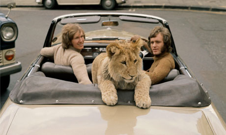christian-the-lion-who-rode-in-bentley-1
