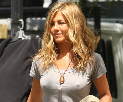"NON EXCLUSIVE July 30th 2009 : Jennifer Aniston and Gerard Butler on the set of there latest movie "" The Bounty "" filming in New York city, USA. Pictured: jennifer aniston Ref: SPL116704  300709   Picture by: PPNY / GSNY /  Splash News Splash News and Pictures Los Angeles:	310-821-2666 New York:	212-619-2666 London:	870-934-2666 photodesk@splashnews.com"